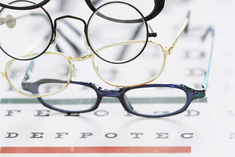 e01db766d3 The Best Glasses For Your Face Shape and Skin Tone