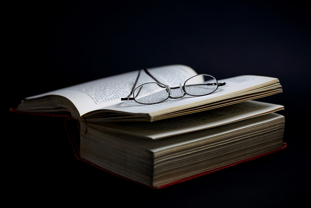 93e69436935 Reading Glasses  What to Know Before Buying - Advanced Eyecare Optometry
